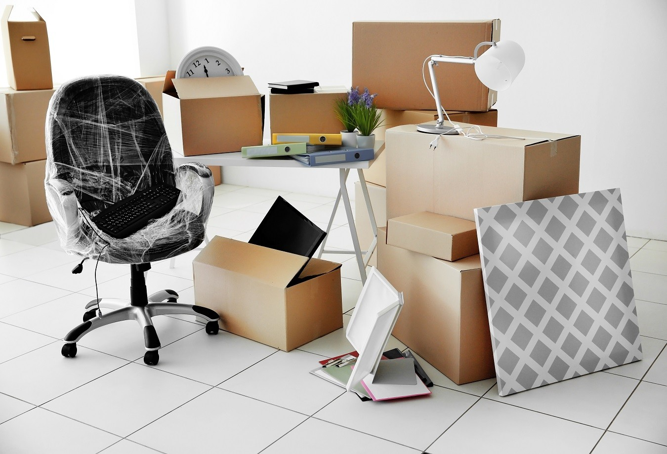 No time to move? We are your movers and packers Sydney! We Unpack, Declutter & reorganise your Home